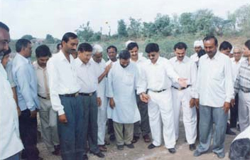 Mathurbhai and Village people at site.